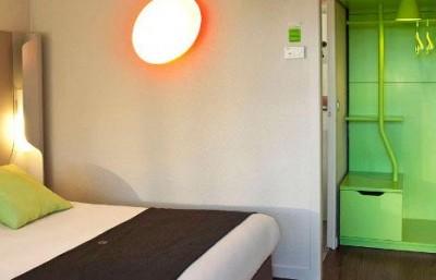 h tel restaurant campanile villeneuve d 39 ascq tourisme. Black Bedroom Furniture Sets. Home Design Ideas