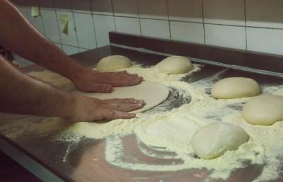 la-tradizza-pizzeria-cuisine
