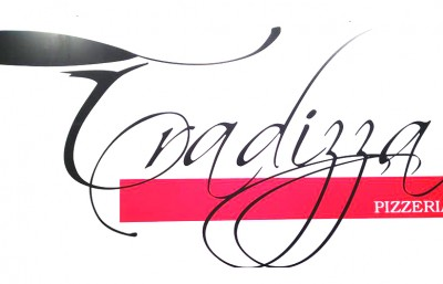 la-tradizza-pizzeria-logo
